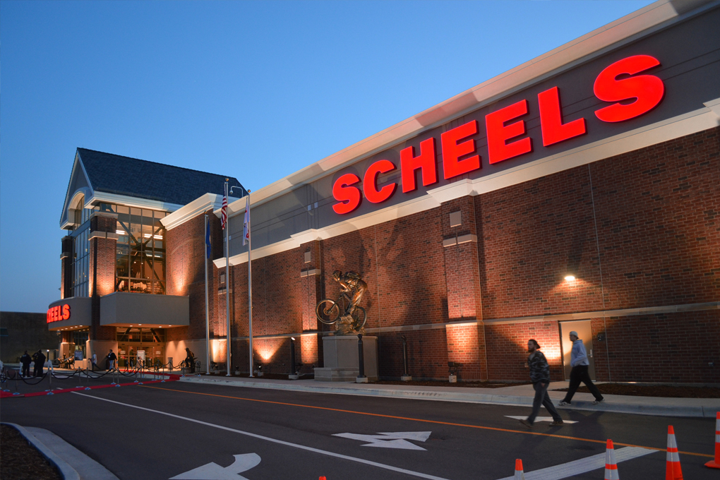 Grand opening scheels rochester mn q d construction inc for Scheels fargo