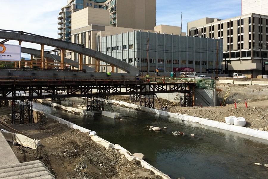 Reno's Virginia Street Bridge Moves!